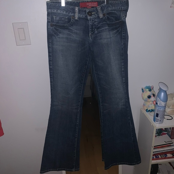 Guess jeans.
